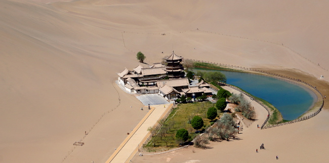 oasis dunes de sable dunhuang chine