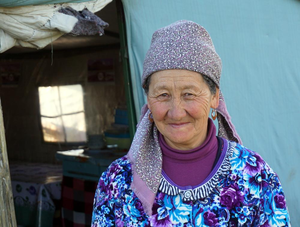 grand maman yourte song kol Kirghizstan